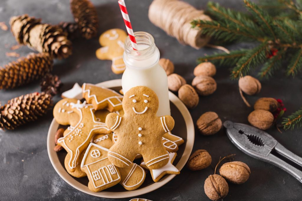 Christmas Traditions to Try This Year